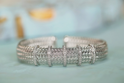silver bracelets with diamond accents